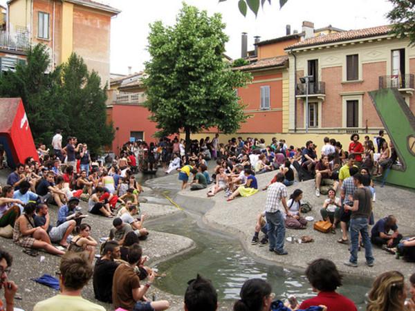 Giardini del Guasto, dietro Piazza Verdi. Il posto migliore al mondo.